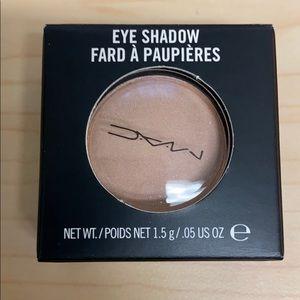 MAC Grain Eyeshadow